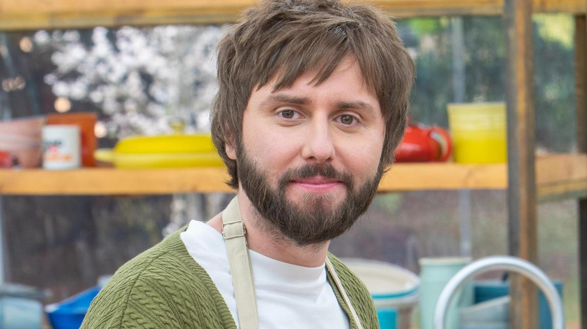 Bake Off SU2C - James Buckley