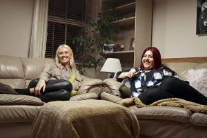Gogglebox: Elle and Issy