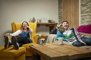 Gogglebox: Pete and Sophie