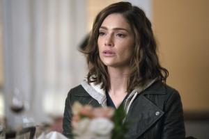 "NEW AMSTERDAM -- ""Double Blind"" Episode 215 -- Pictured: Janet Montgomery as Dr. Lauren Bloom -- (Photo by: Virginia Sherwood/NBC)"