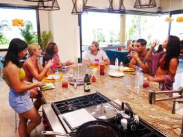 "TEMPTATION ISLAND -- ""The Cuffs Are Off"" Episode 202 -- Pictured: (l-r) Tracy Ly, Toneata Morgan, Medinah Ali, Casey Strachak, David Benavidez, Payton Burgess -- (Photo by: Mario Perez/USA Network)"