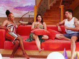 "TEMPTATION ISLAND -- ""The Cuffs Are Off"" Episode 202 -- Pictured: (l-r) Esonica Veira, Ashley Howland, Ben Knobloch -- (Photo by: Mario Perez/USA Network)"