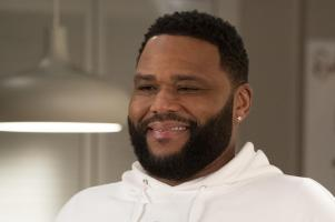"BLACK-ISH - ""Relatively Grown Man"" - After Junior gets an offer for his dream job working with Migos, Dre and Bow are determined to convince him to return to college and get his degree on the season finale of ""black-ish,"" TUESDAY, MAY 21 (9:00-9:30 p.m. EDT), on The ABC Television Network. (ABC/Richard Cartwright).ANTHONY ANDERSON"