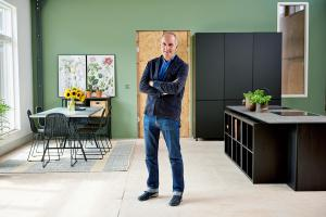 Grand Designs, Hull..Pictured, Kevin McCloud