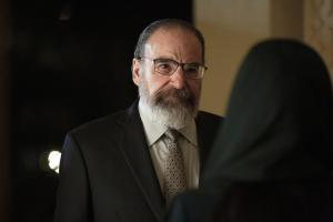 "Mandy Patinkin as Saul in HOMELAND, ""Deception Indicated"". Photo Credit: Sifeddine Elamine/SHOWTIME."