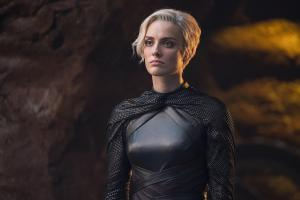 "KRYPTON -- ""Ghost in the Fire"" Episode 202 -- Pictured: Wallis Day as Nyssa-Vex -- (Photo by: Steffan Hill/SYFY)"