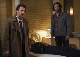 "Supernatural -- ""Ouroboros"" -- Image Number: SN1414A_0252b.jpg -- Pictured (L-R): Misha Collins as Castiel, Jensen Ackles as Dean and Jared Padalecki as Sam -- Photo: Shane Harvey/The CW -- ÿ¿ÿ© 2019 The CW Network, LLC. All Rights Reserved."