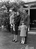 October 1940:  Duke and Duchess of Kent, Princess Marina of Greece and Denmark (1906 - 1968) and George Edward Alexander Edmund (1902 - 1942) with their children Prince Edward George Nicholas Paul Patrick and Princess Alexandra  (Photo by J. A. Hampton/PNA Rota/Getty Images). 3368115