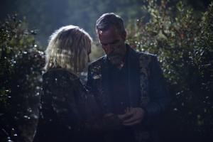 Pictured (L-R): Eliza Taylor as Clarke and JR Bourne as Russel VII